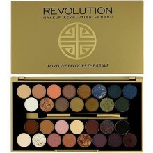 Makeup Revolution 30 Ultra Eyeshadows Fortune Favours The Brave, matowe odcienie